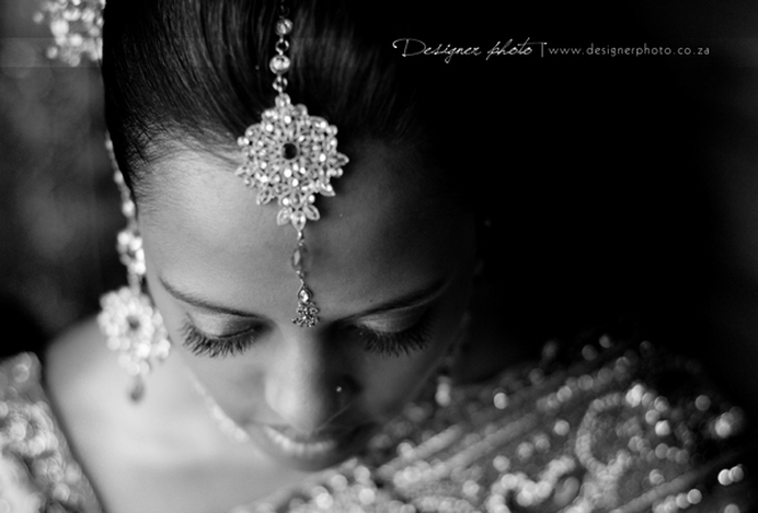 Indian bridal portrait, black and white portrait photo, Indian wedding jewellery, destination wedding, Tamil wedding photography, wedding photography